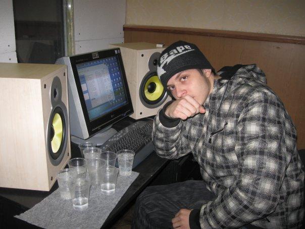 NEWS: Сегодня празднует свой 24-й день рождения Евгений Крупин - он же Mase1, мс XX, продюсер, музыкант и настоящий брат!!!!! (c) XXZP. (17.05.2012г.)