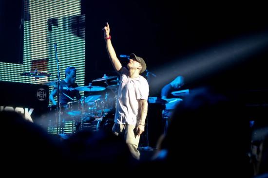 """Jessie Reyez & Eminem выпустили новую композицию """"COFFIN"""". (2020 г.)"""