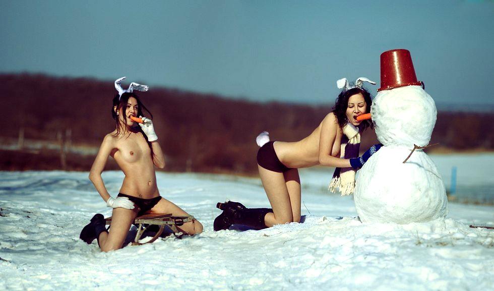 Поздравляем всех посетителей сайта с Новым Годом 2014! А пока что пора бы нарезать салаты и разминаться, чтобы не замерзнуть :))))))))))))))